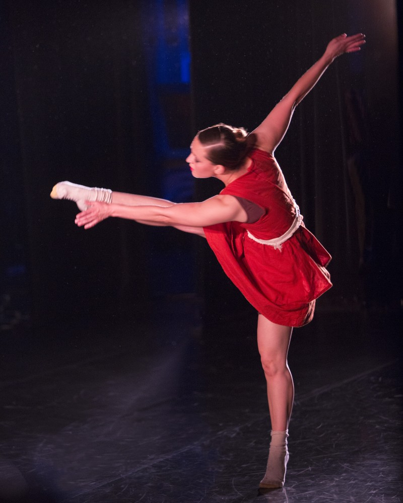 Contemporary Dance Theatre 5