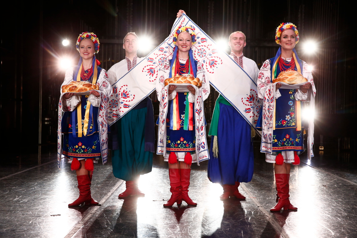 From left to right: Folk Dancers Victoria Ringer, Abram Allred, Mary Beth Johnson, Cameron King, Amanda Alley performing 'Presenting of Bread and Salt' in Ukrainian Hopak.