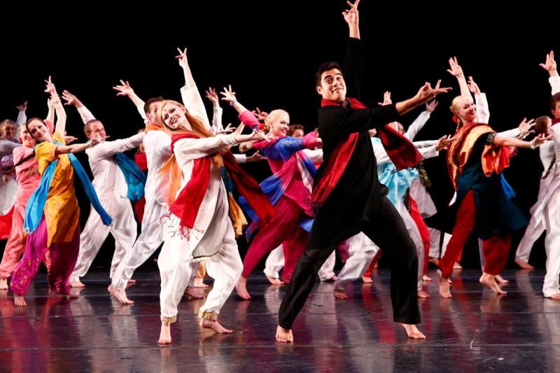 International Folk Dance Ensemble 4
