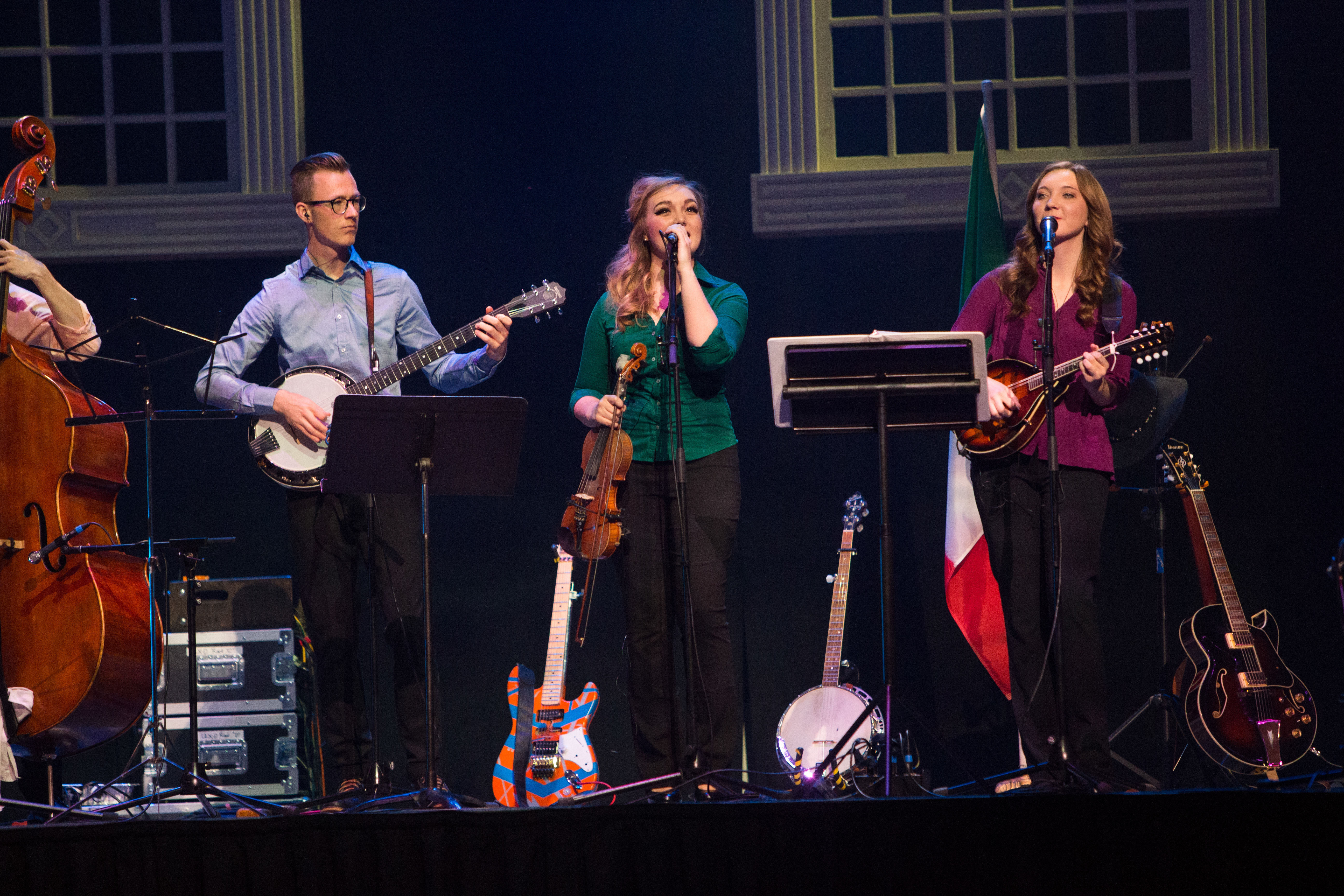 Isaac Gelison , Grace Dayton, Auriana Mann all performing.