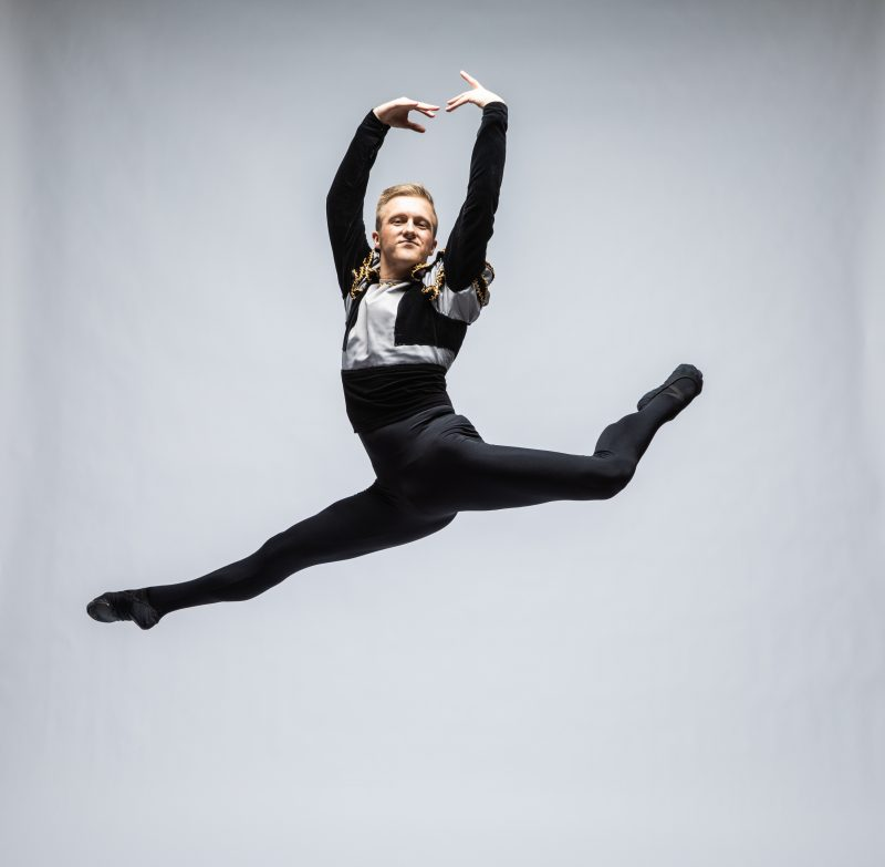Theatre Ballet 7