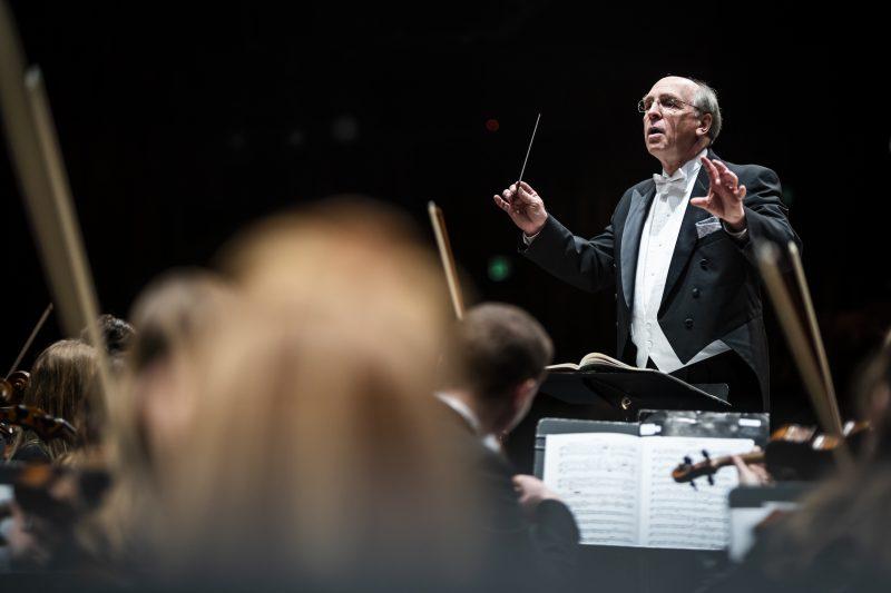 Philharmonic Orchestra 9