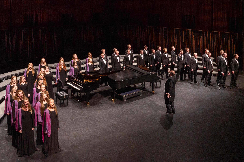 A photo from BYU Singer's performance in October 2019.  Photo by Sandefur Schmidt  ©BYU PHOTO/Sandefur Schmidt