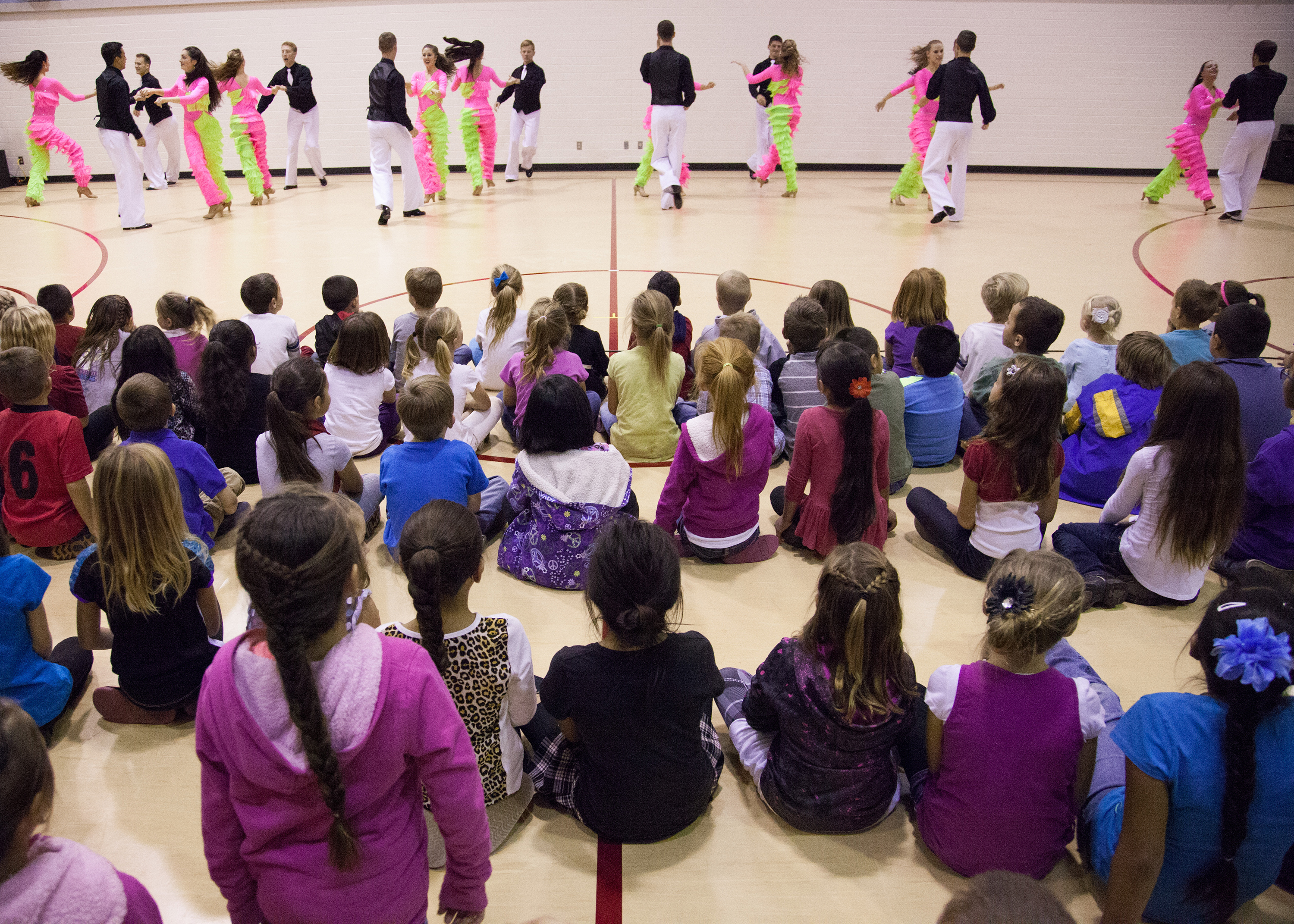 https://pam.byu.edu/wp-content/uploads/2015/02/2014-Oct-BDC-AZ-Tour-6-St-Johns-Elem-show-2.jpg