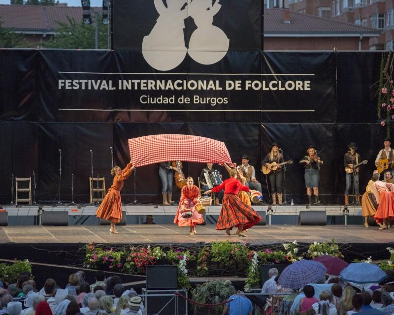 International Folk Dance Ensemble 11