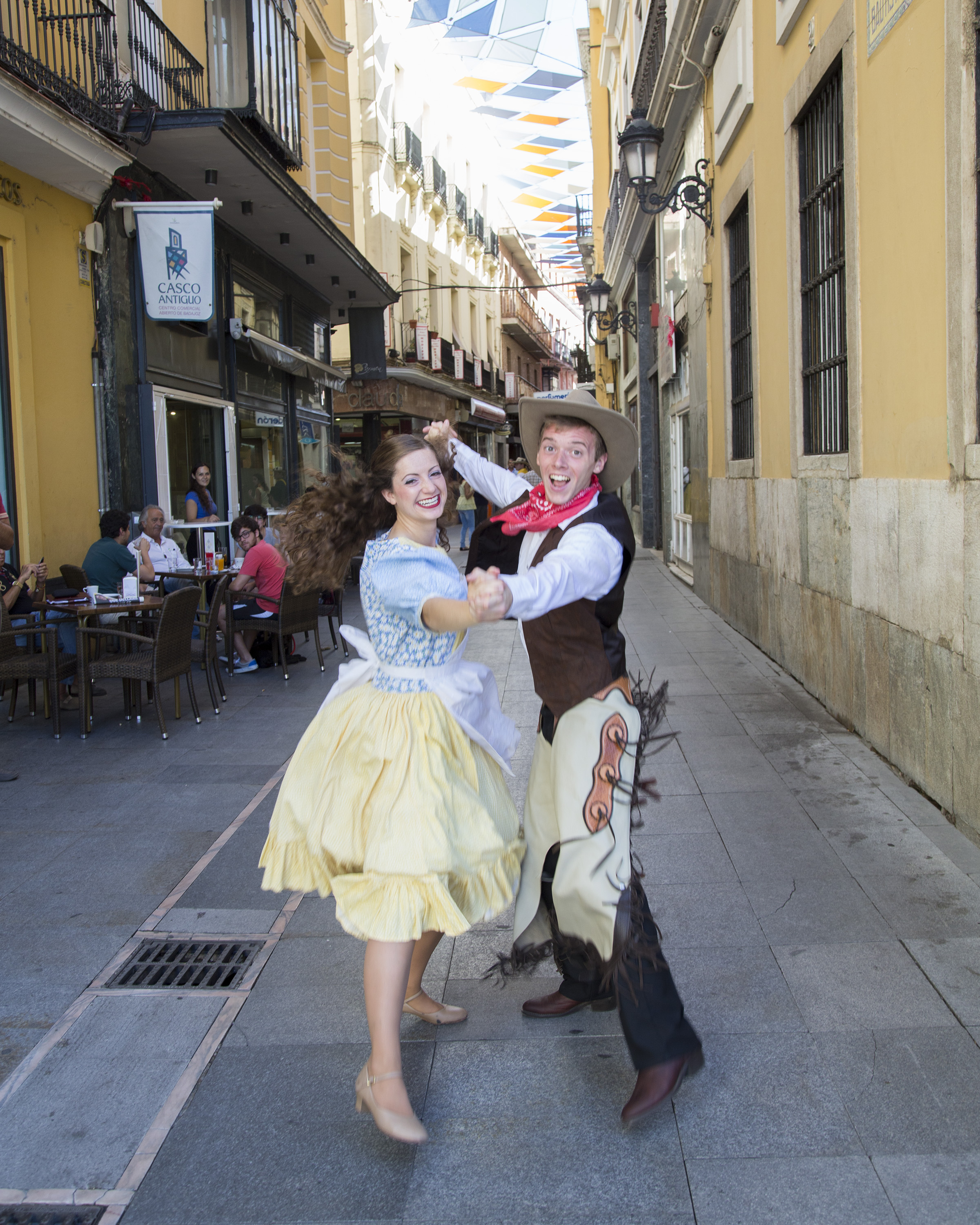 "Folk Dancers Ariel Peterson and Sean Nicholes performing USA ""Oh Susanna"" as part of the parade dance at the International Folkloric Festival 'Ciudad de Burgos' in 2015.